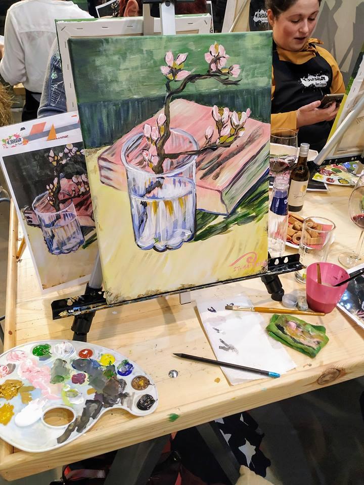 Винсент Ван Гог Бадемов цвят в чаша с книга (11)