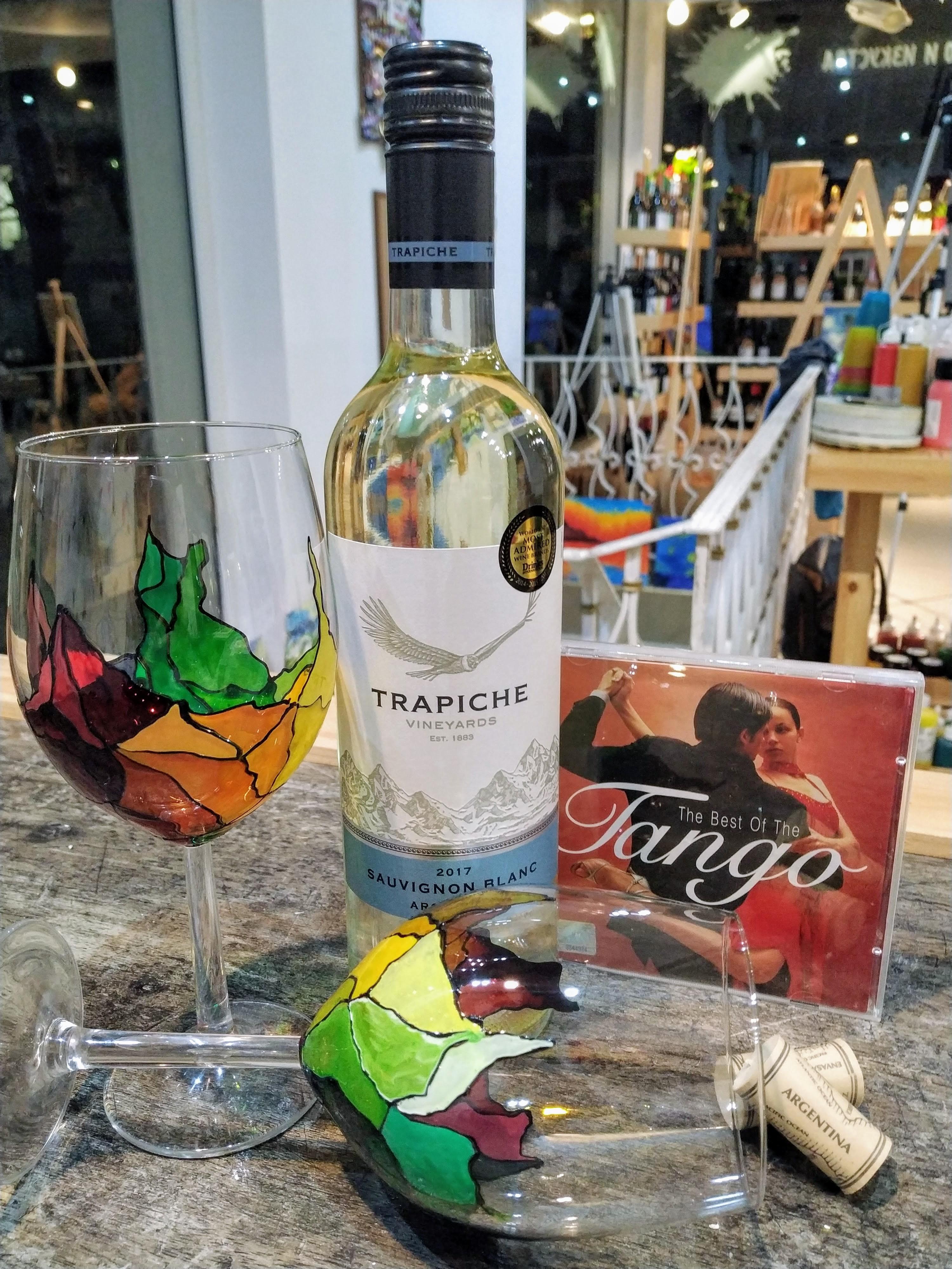 """Аржентински вина """"Trapiche"""" и рисуване на винени чаши – 03.09.2019 г."""